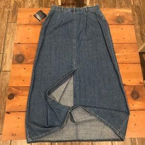 Liz Claiborne Skirts - 🌈 2/$20 Vintage Liz Claiborne Long Jean Skirt